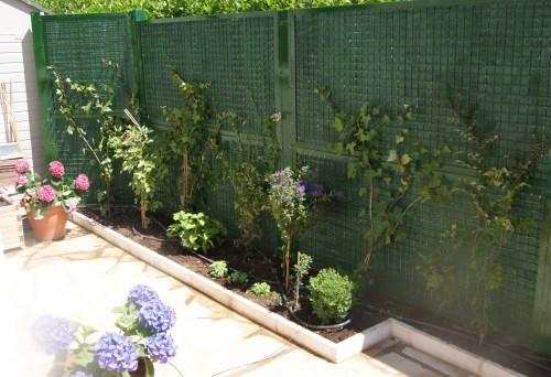 Nuisance sonore ext rieur due chien voisinage fermisol - Cloture jardin pour chien nice ...