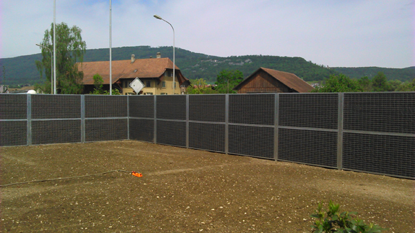 Nouvelle installation de mur anti bruit en Suisse mur anti bruit route ...