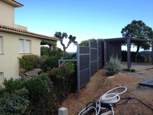 mur anti bruit corse